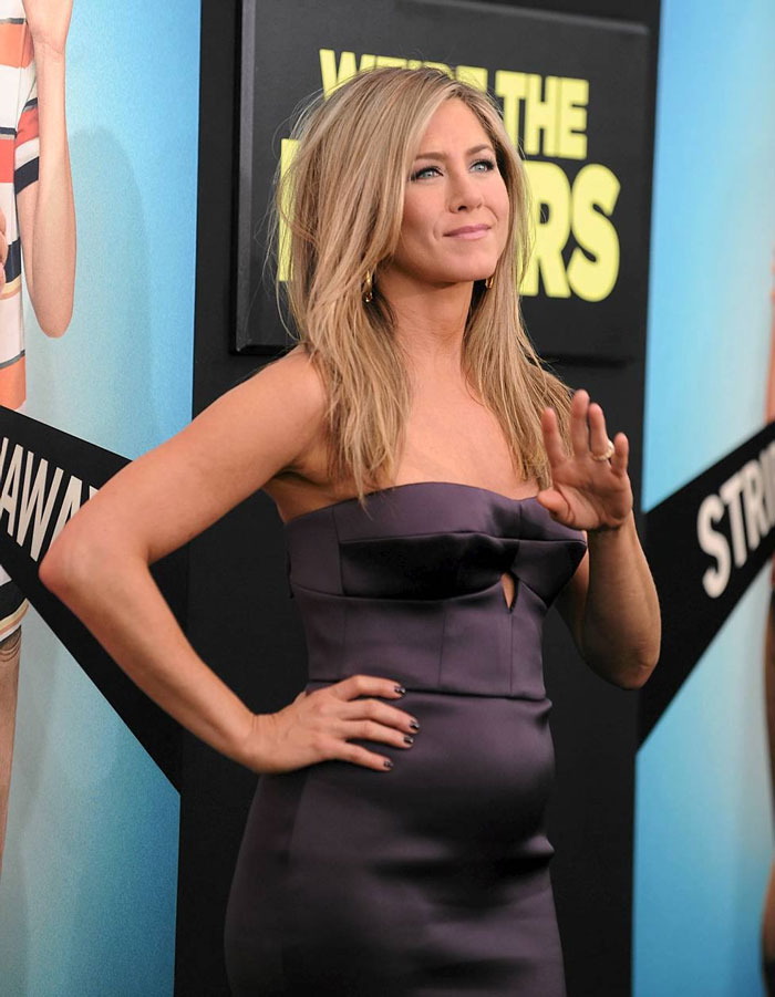 jennifer-aniston-incinta-premiere-we-re-the-millers-justin-theroux-2-news